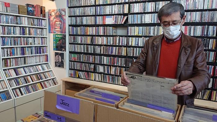 レコード店2.jpg